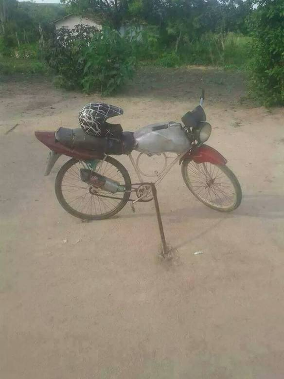 Vendo Moto Em Ótimo Estado de Conservação
